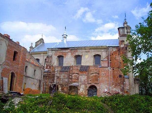 смт Більшівці, костел