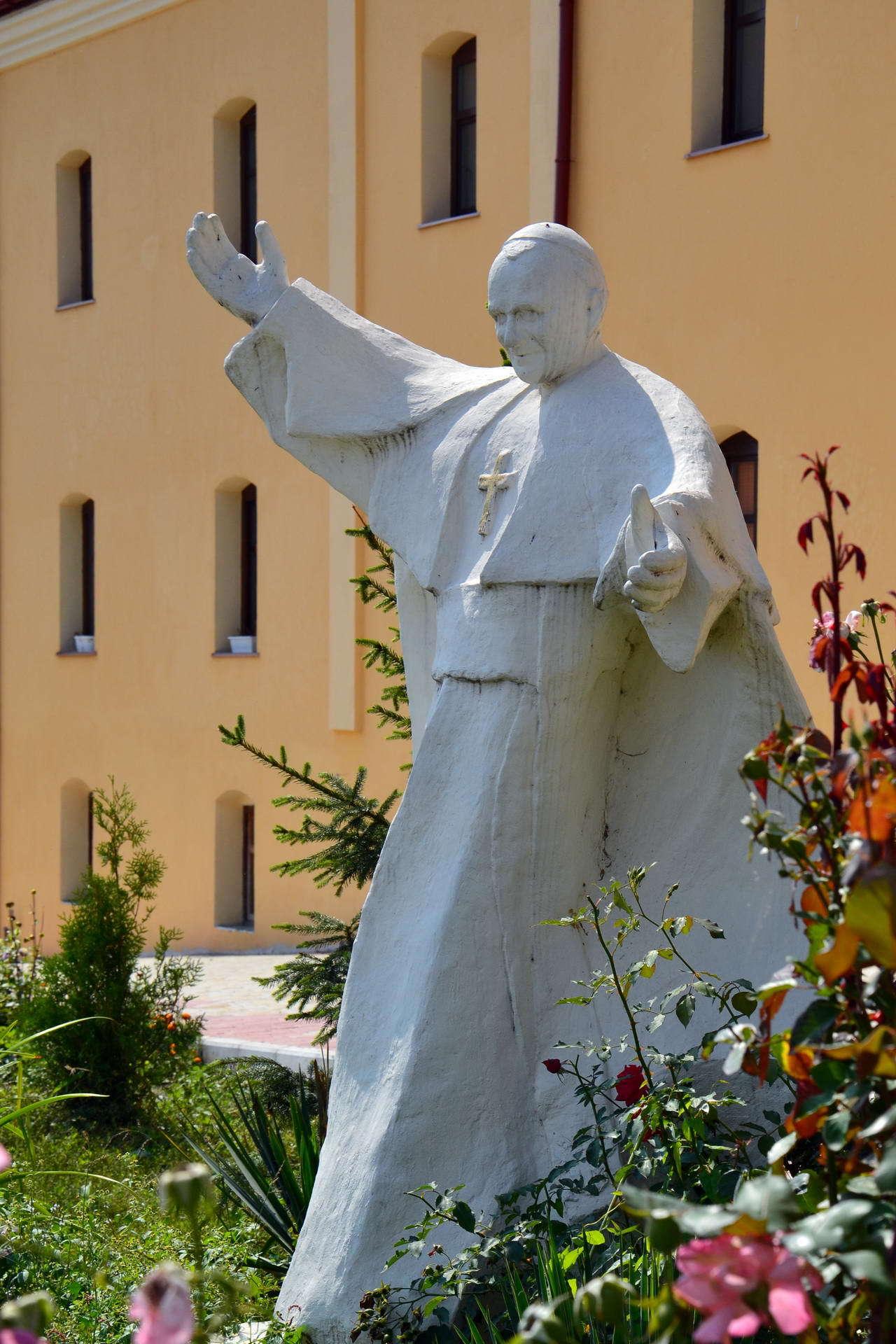 Пам'ятник Папі Івану Павлу II в Більшівцях