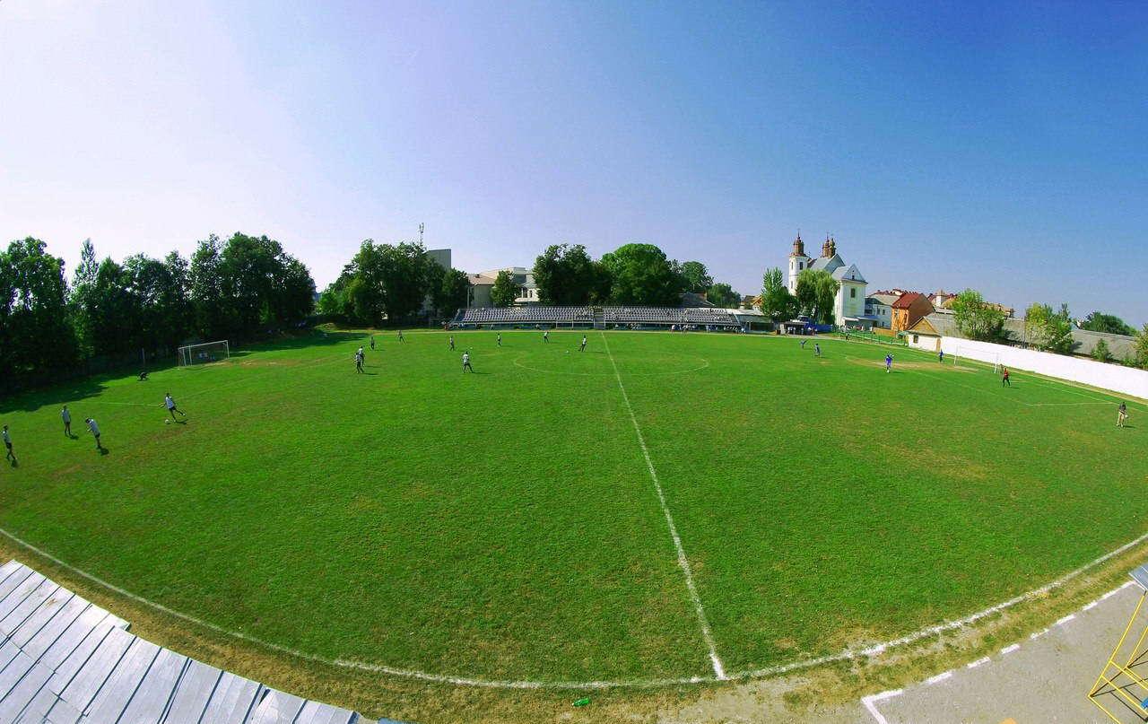 Центральний стадіон, смт Богородчани