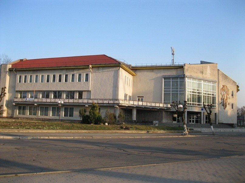 смт Богородчани, палац культури