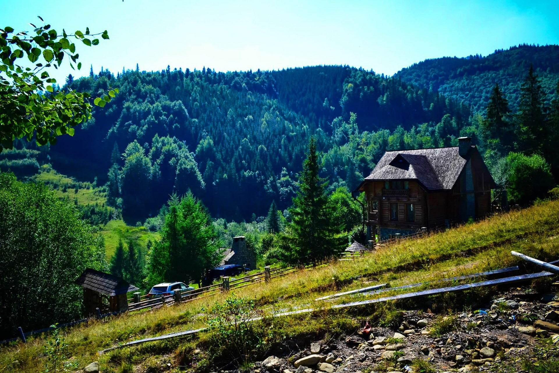 Прикарпаття, село Дземброня