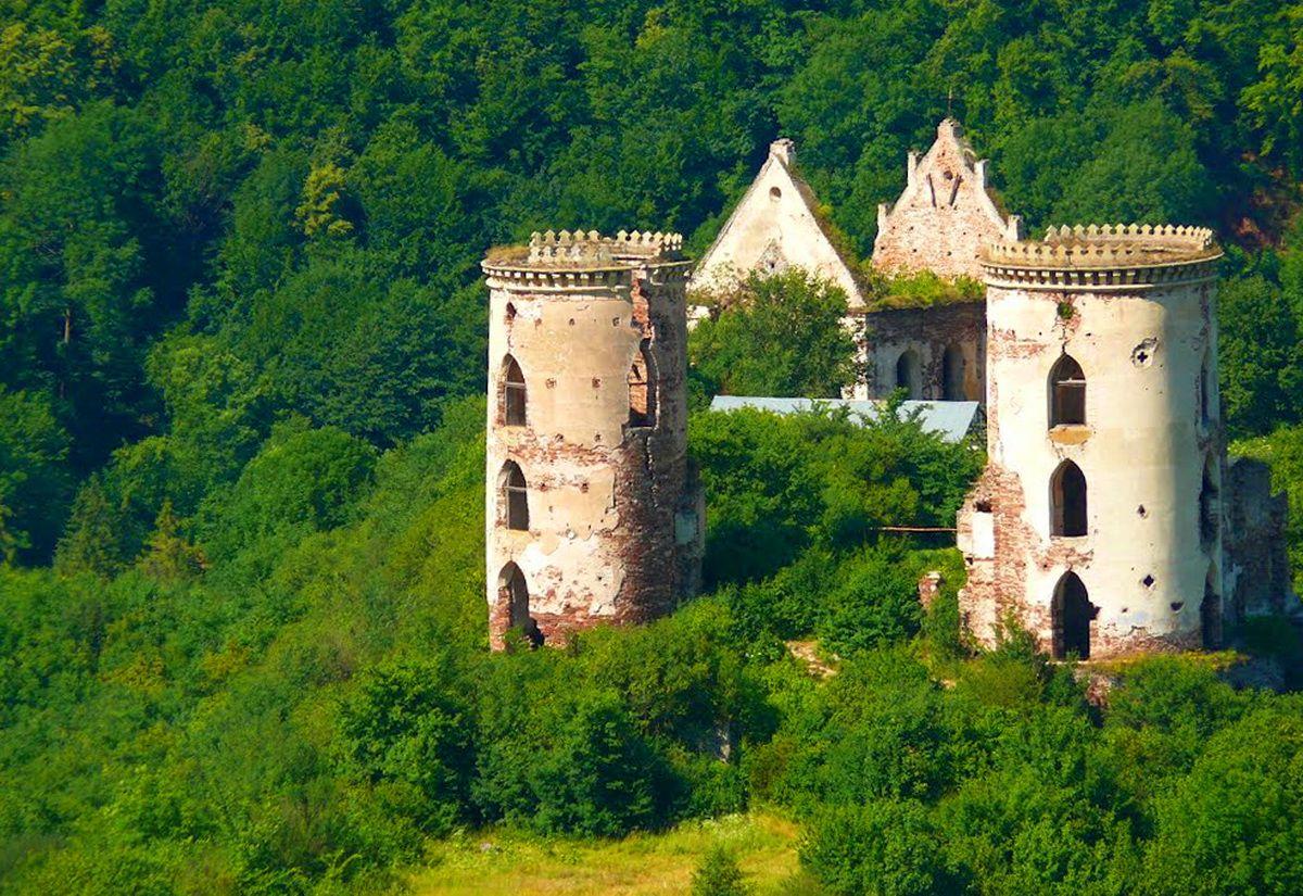 Замок Червоногородський