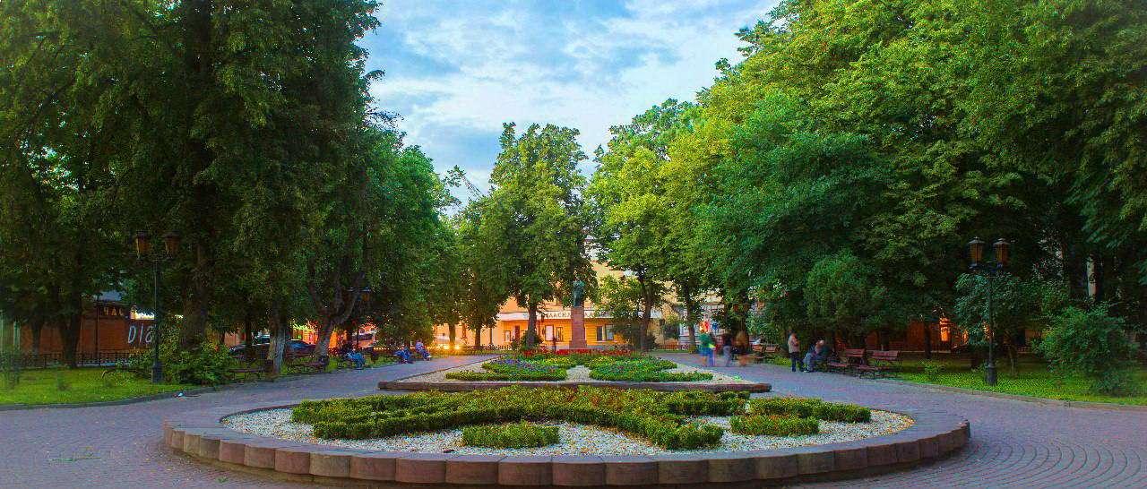 Площа А. Міцкевича в Івано-Франківську