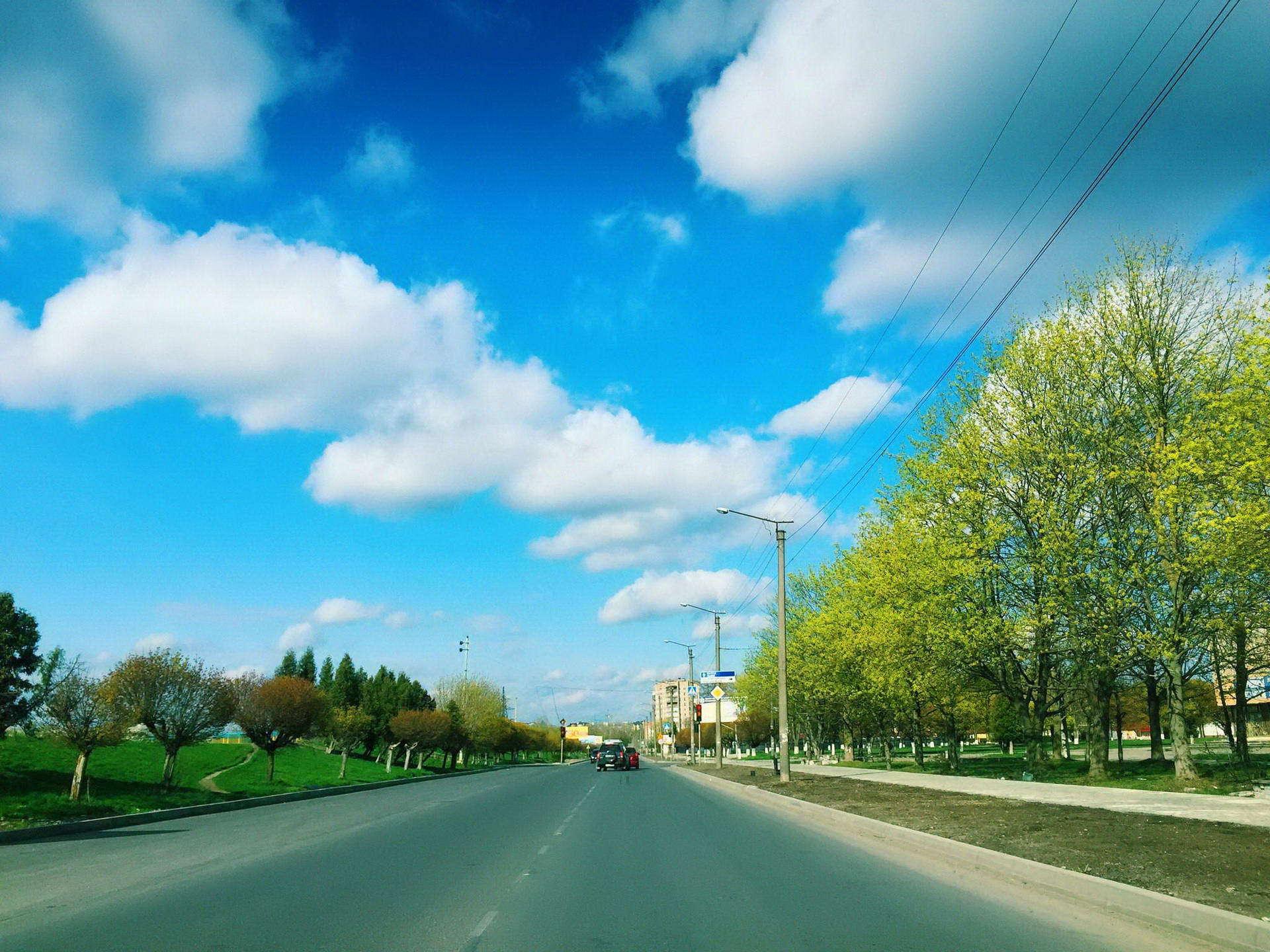 Вулиця Набережна в Івано-Франківську