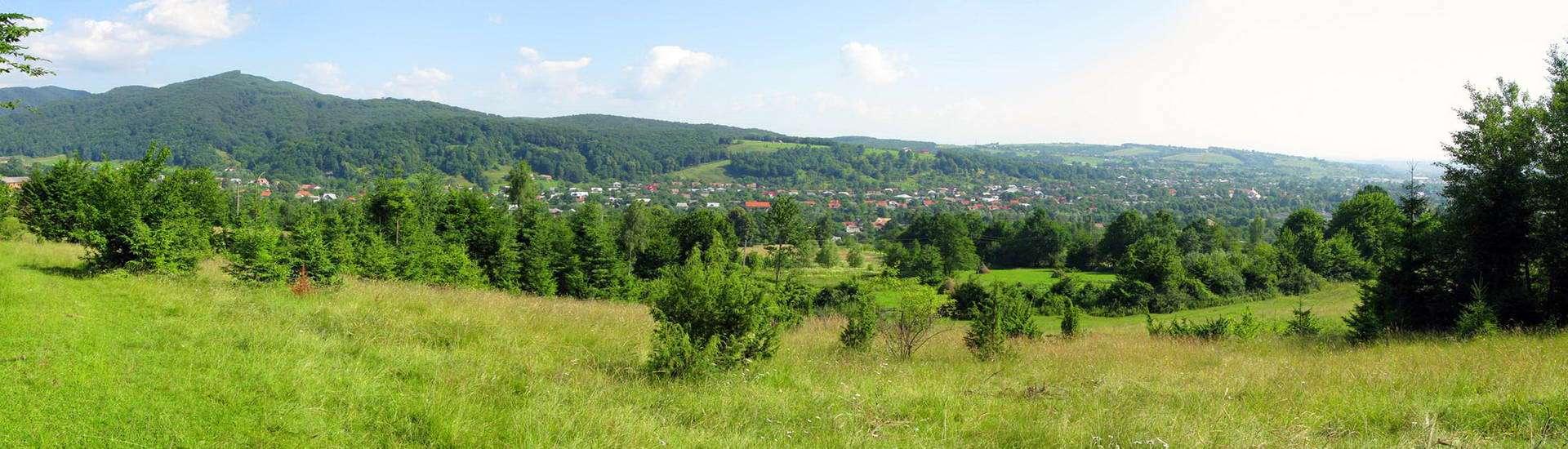 Косівський район, панорамний вид смт Яблунів