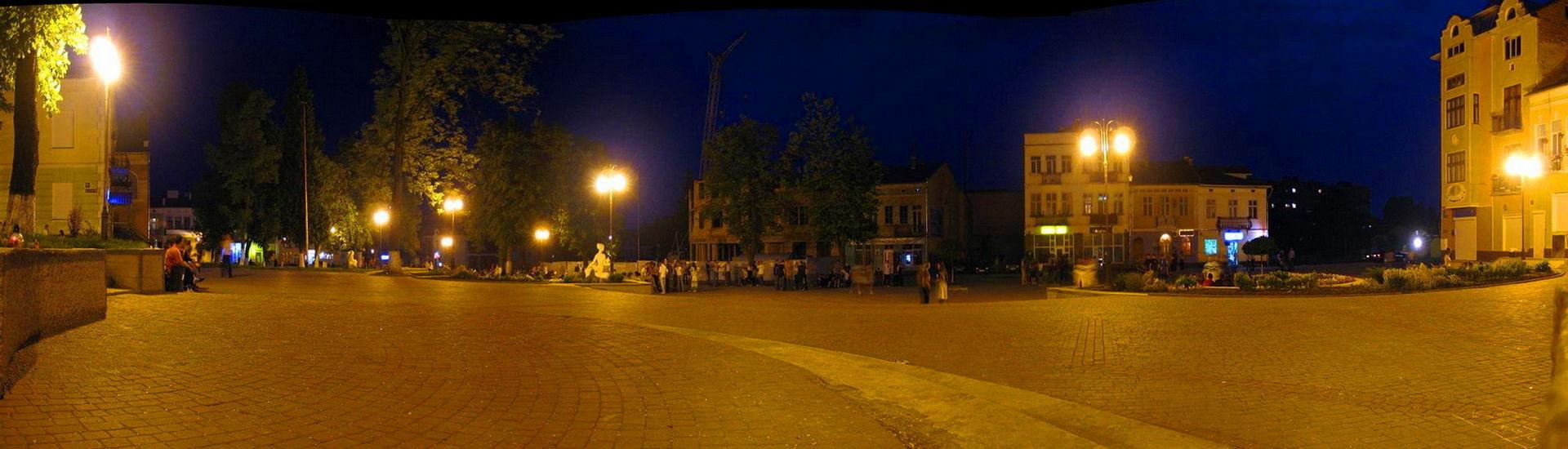 Панорама нічний Калуш