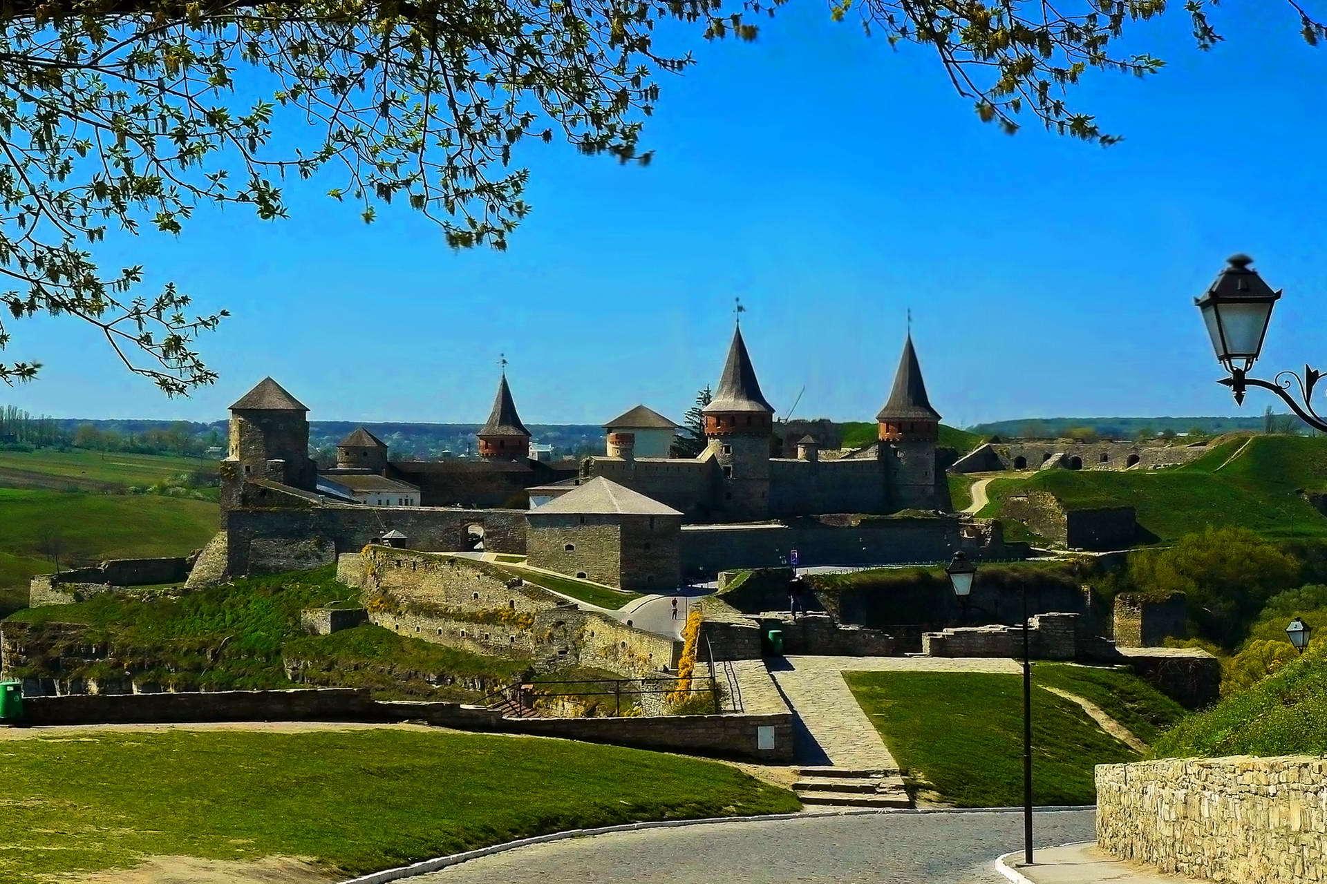 Панорамний вид Кам'янець-Подільської фортеці