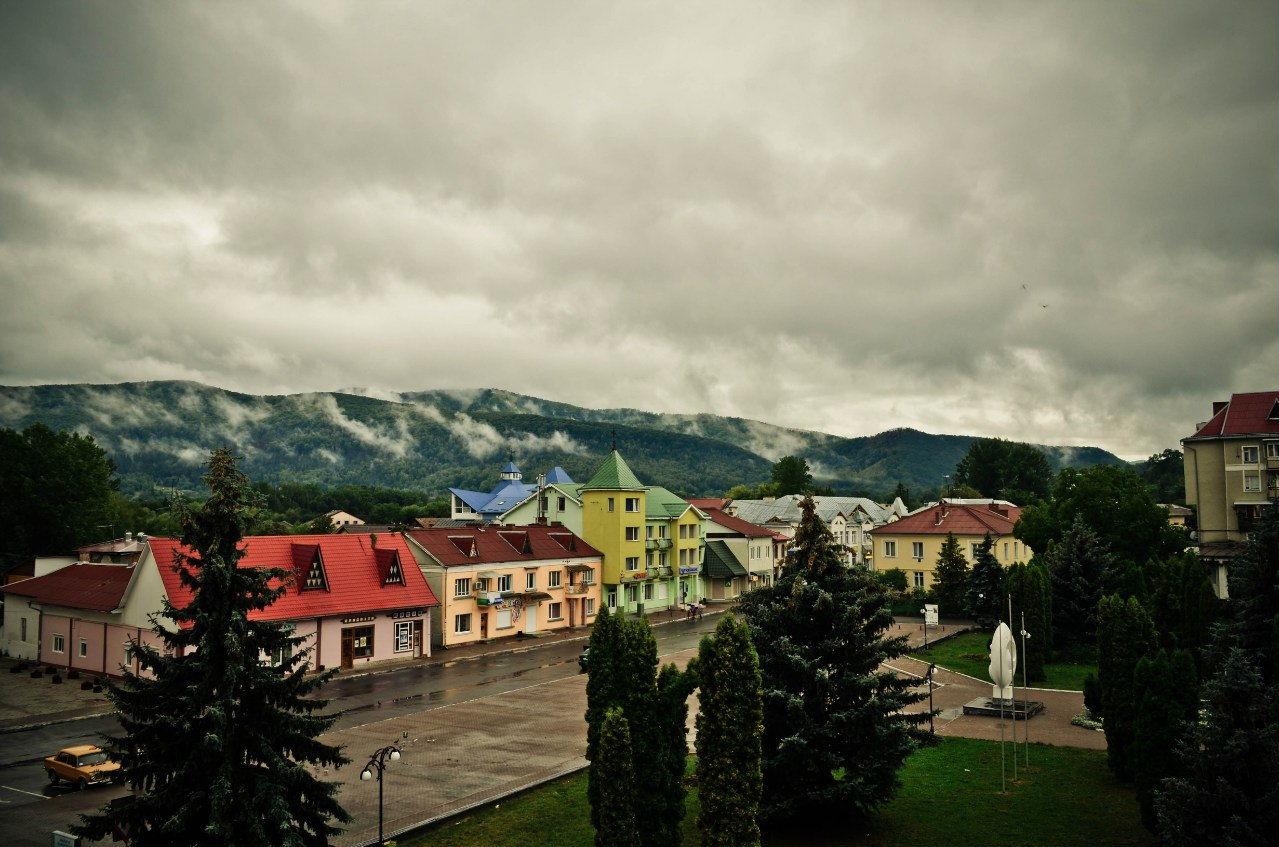 Панорама центральной части города Косов