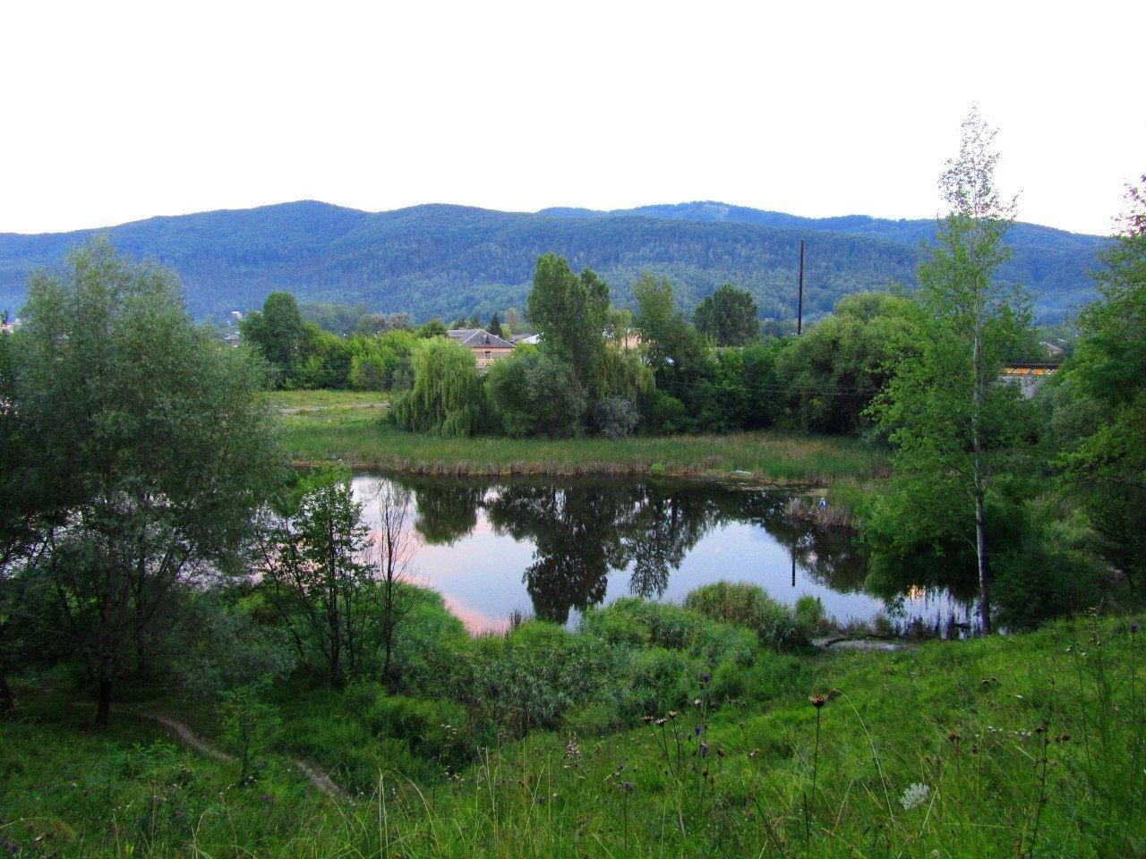 Озеро в городе Косов