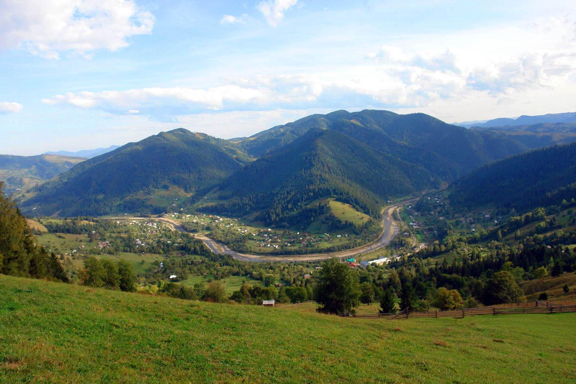 Криворівня - село на Верховинщині