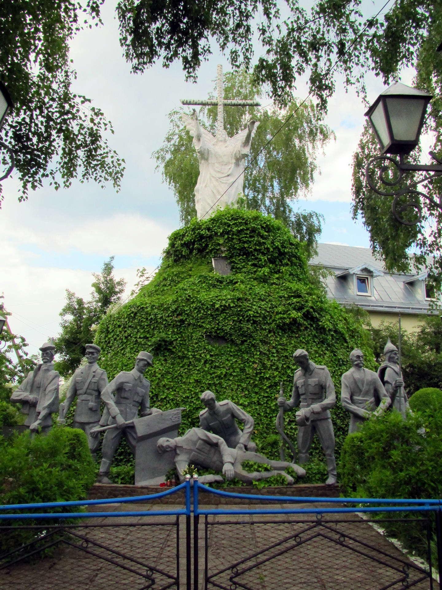 смт Кути, символічна могила полеглим за волю України