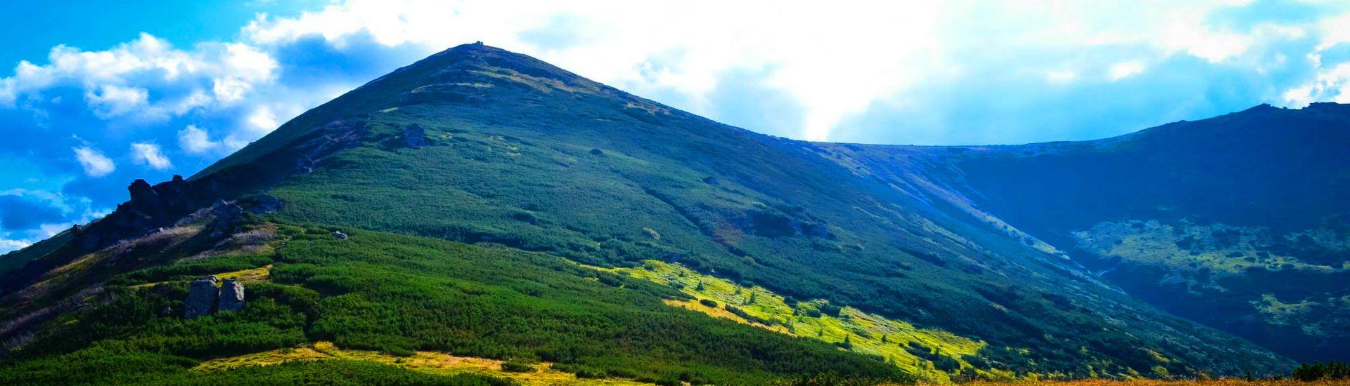 Вид на гору Піп Іван Чорногірський