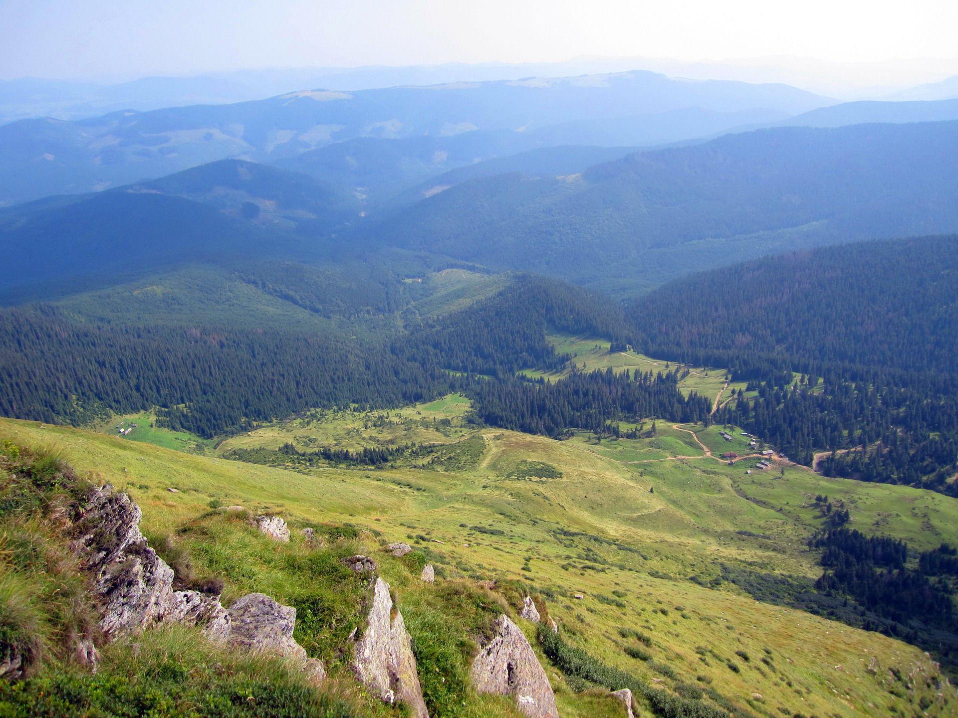 Підйом на гору Петрос, маршрут Чорногорою
