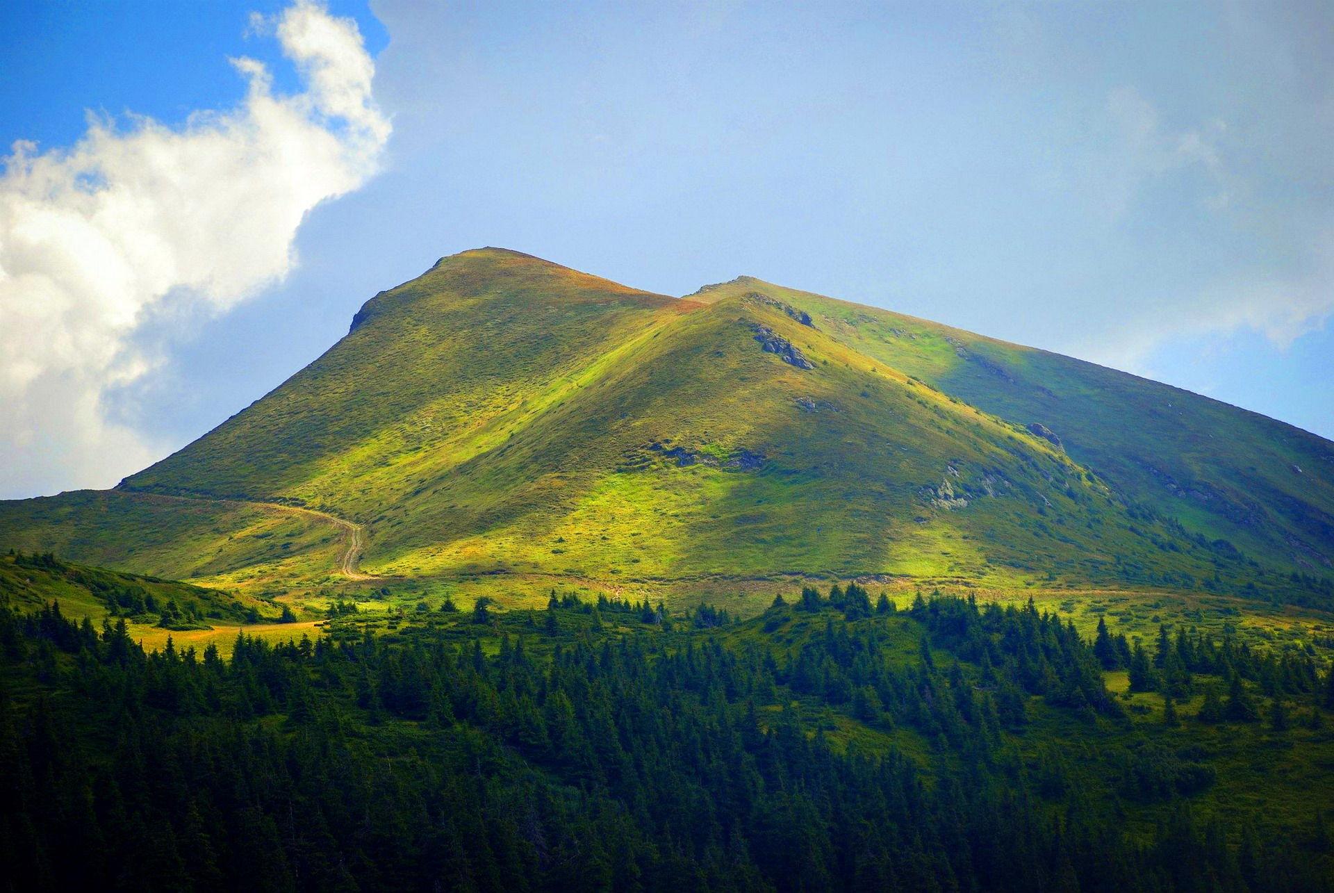 Карпати, туристичний маршрут Мармароським масивом