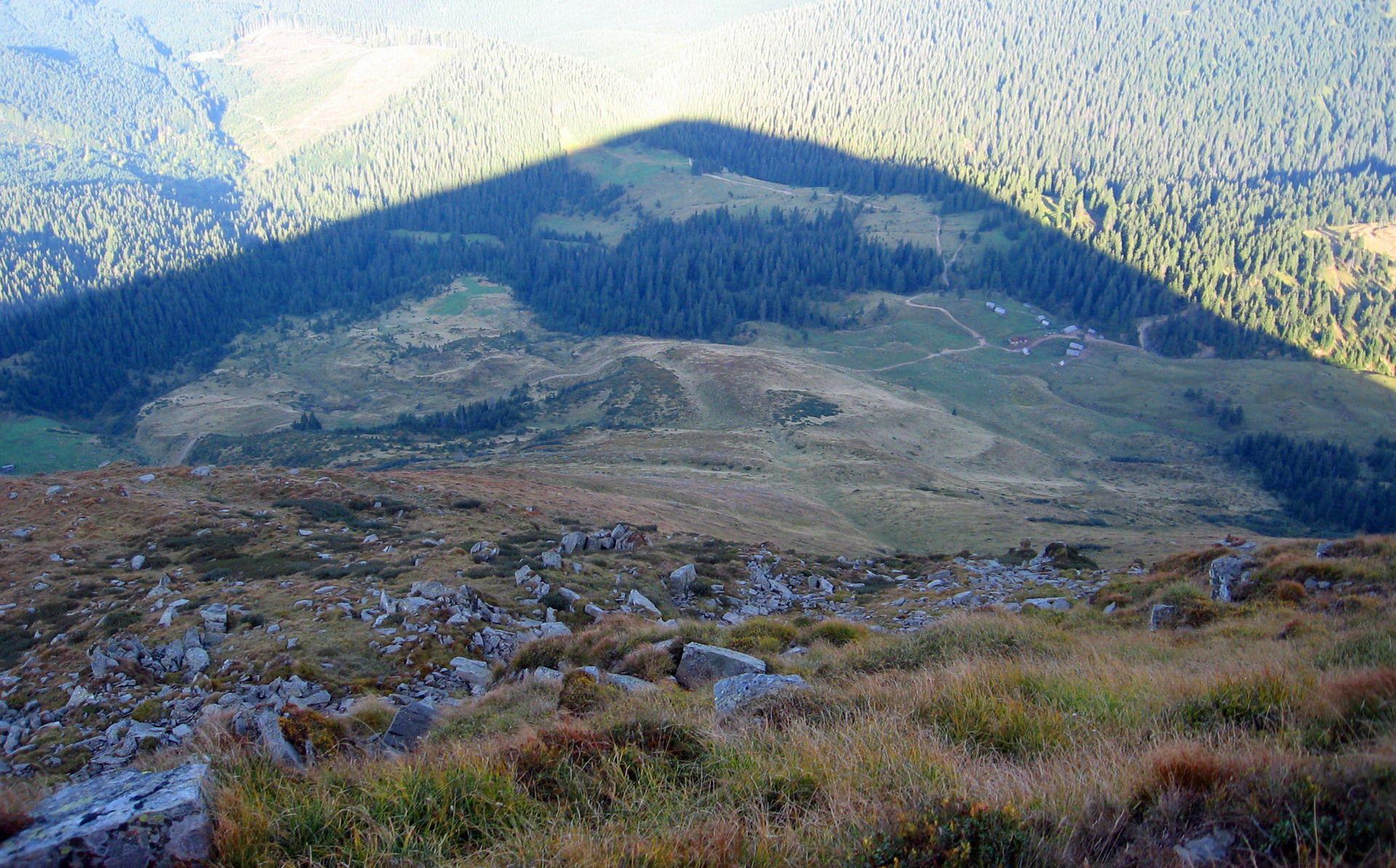 Чудовий вид із гори Петрос