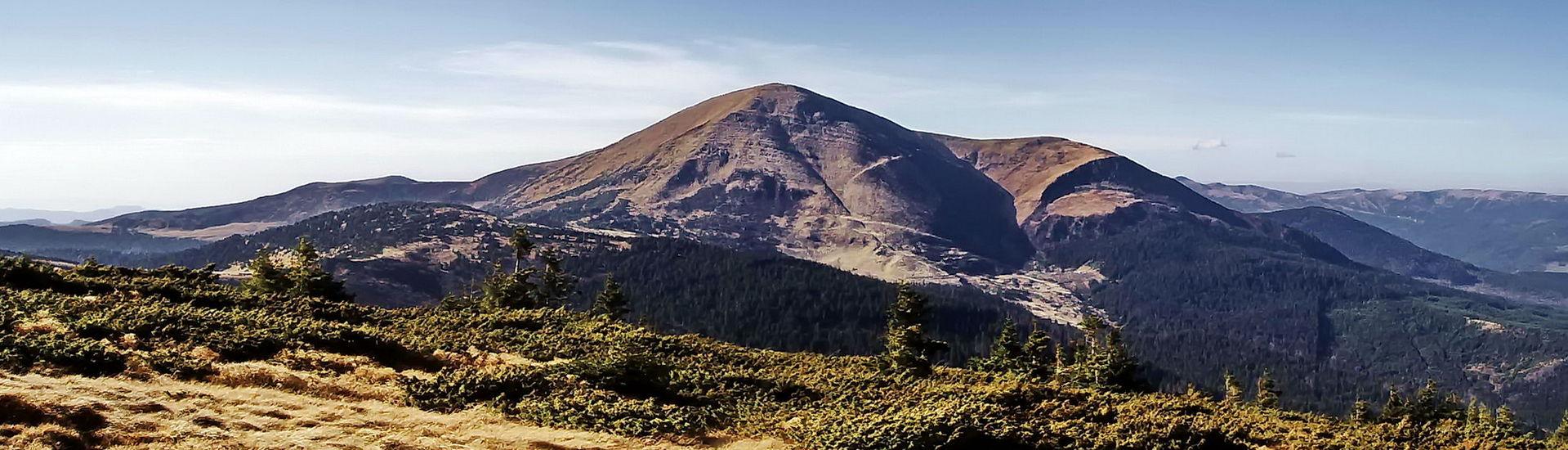 Гора Петрос, Чорногірський масив
