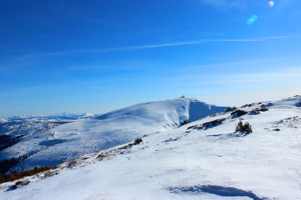 Зимовий похід, вид на гору Піп Іван Чорногірський