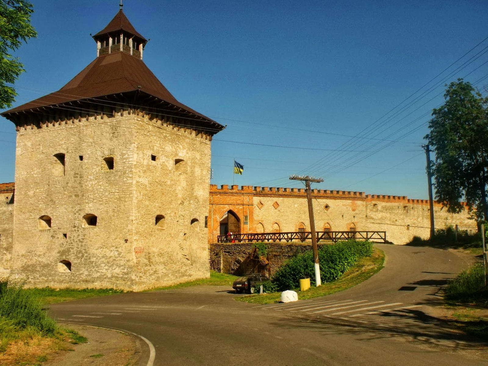 Меджибізький замок на Хмельниччині