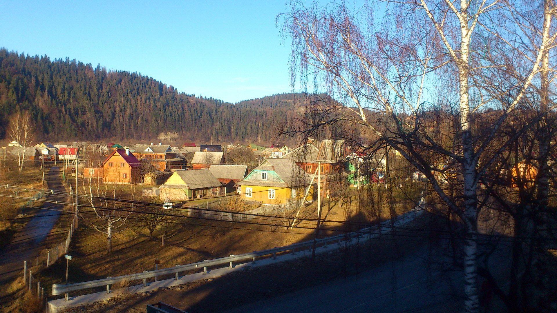 Карпати, село Микуличин