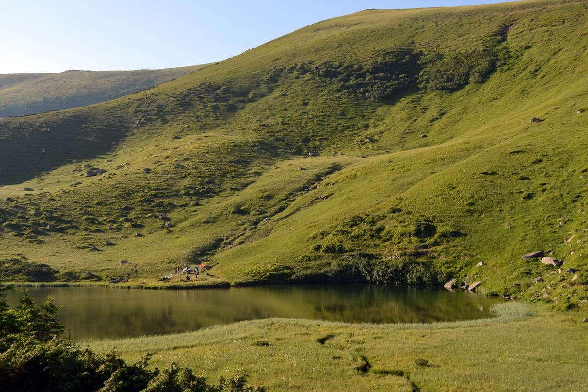 Озеро Апшинець, гірський масив Свидовець