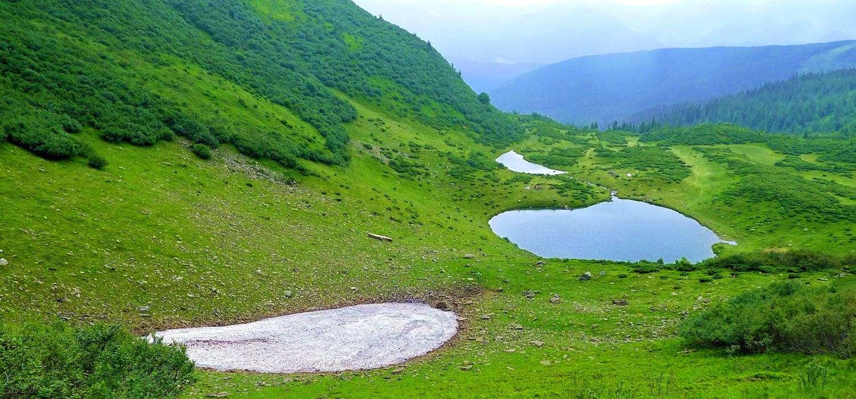 Гірський масив Свидовець, озеро Ворожеська