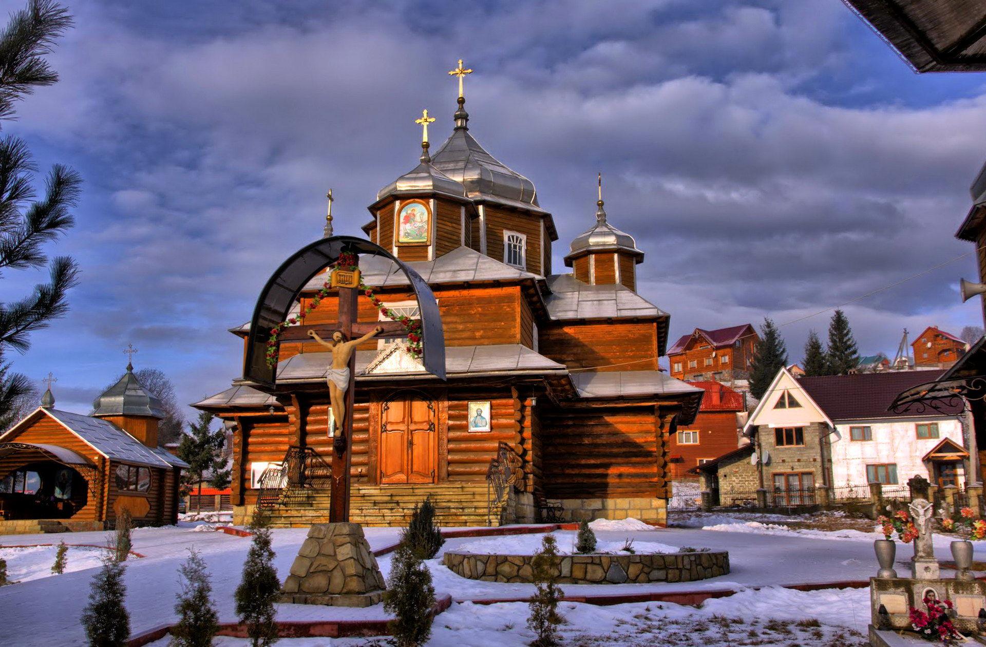 Церква в с. Поляниця