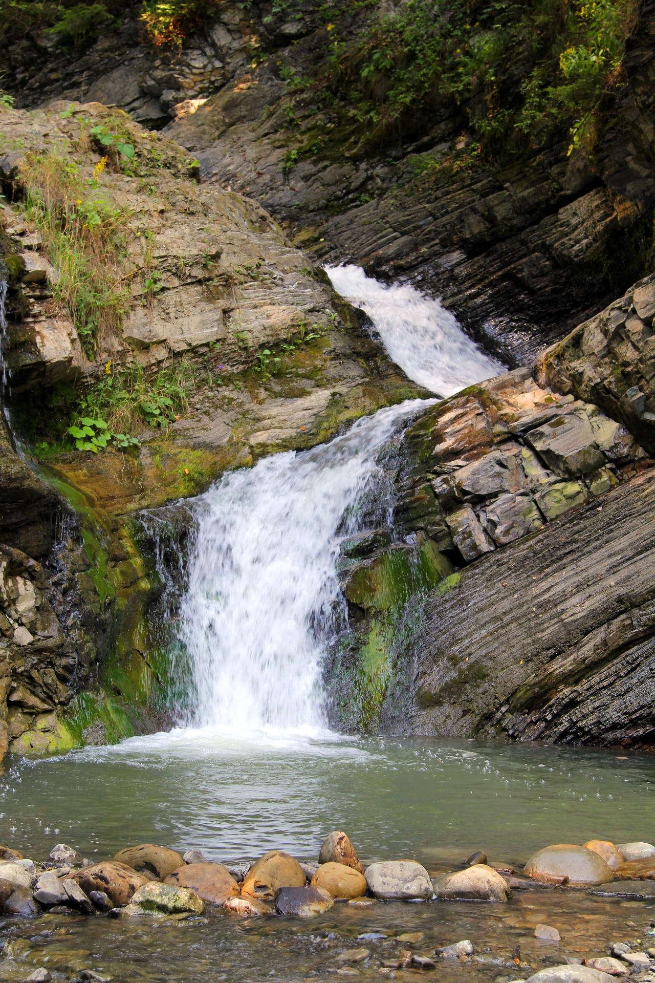 Водоспад в селі Шепіт