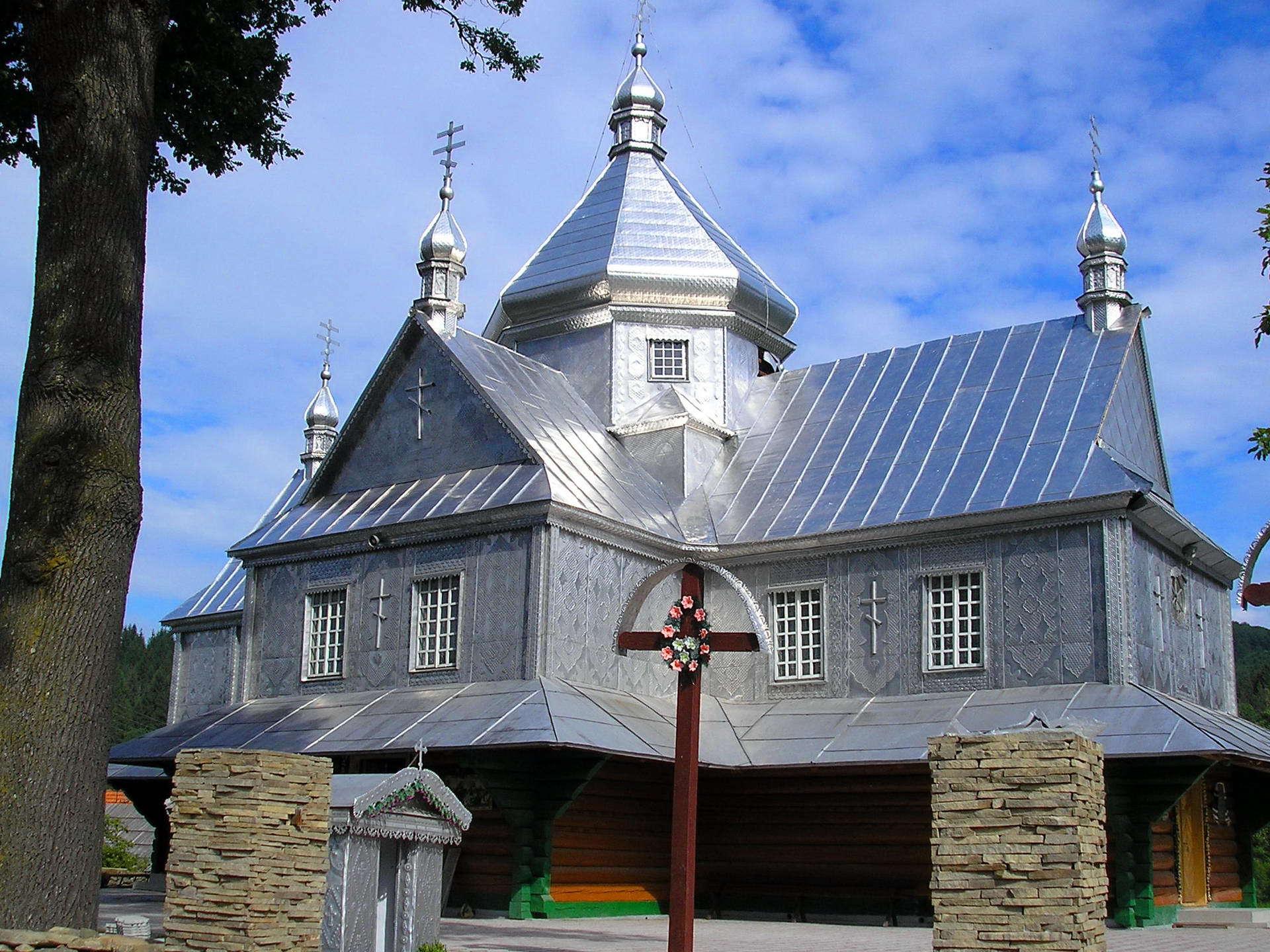 Село Шешори, церква святої Параскеви