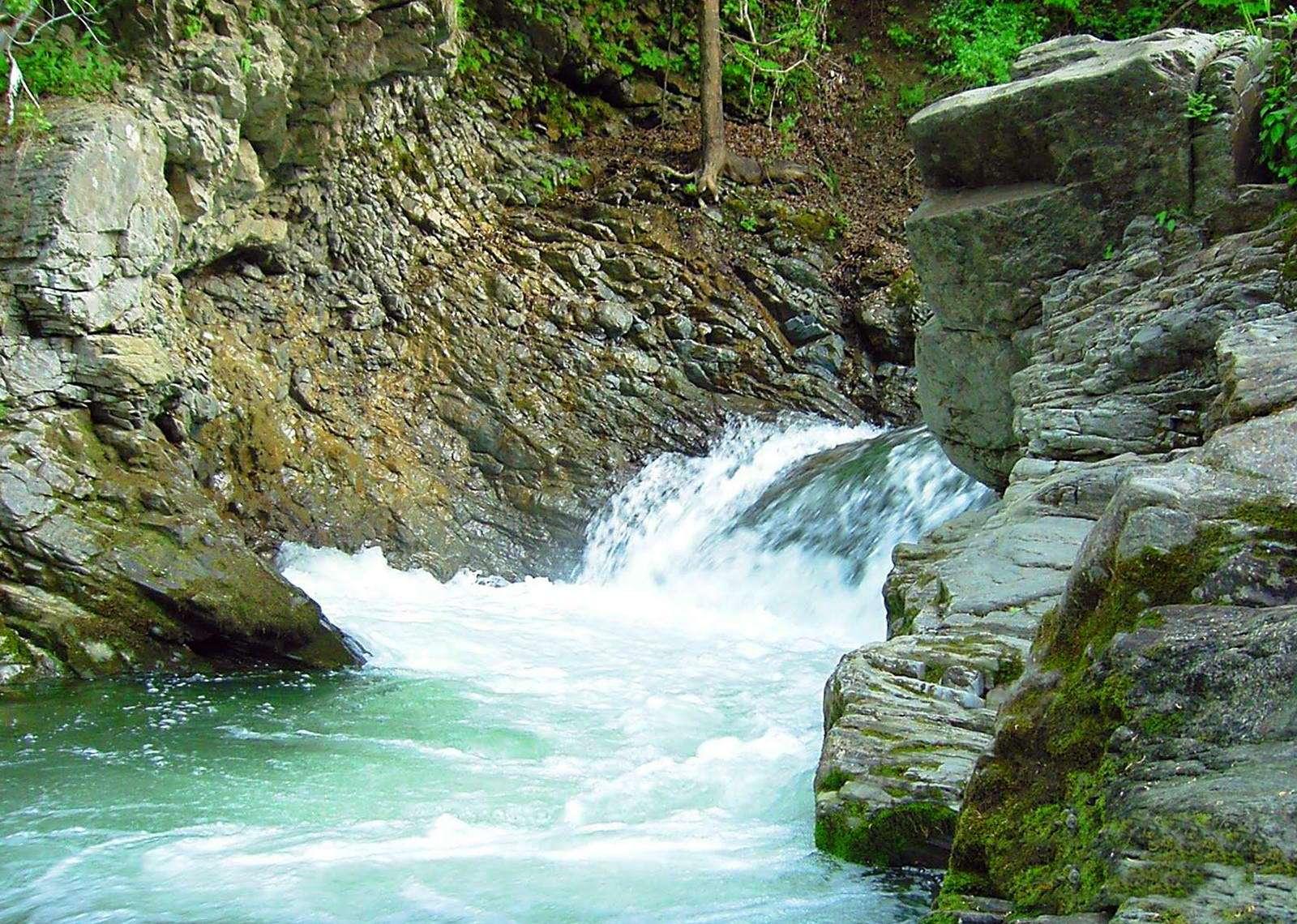 Водоспад в Шешорах, Косівський район