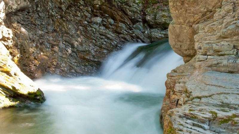 Шешорские Серебристые водопады — популярное место для туризма в Карпатах | Карпаты.Лайф