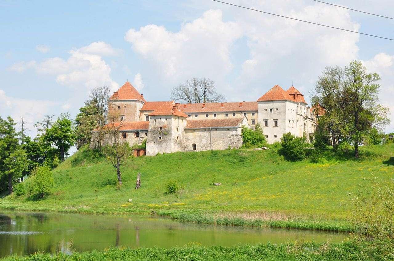 Львівська область, Свірзький замок