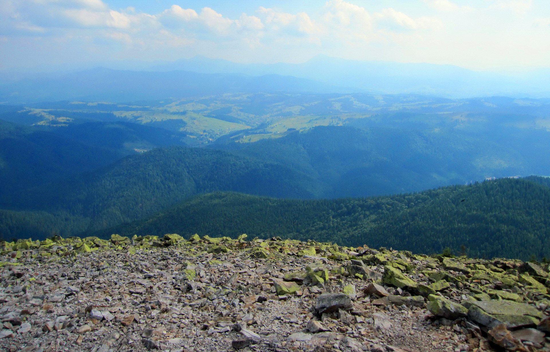 Чудовий краєвид із гори Хом'як
