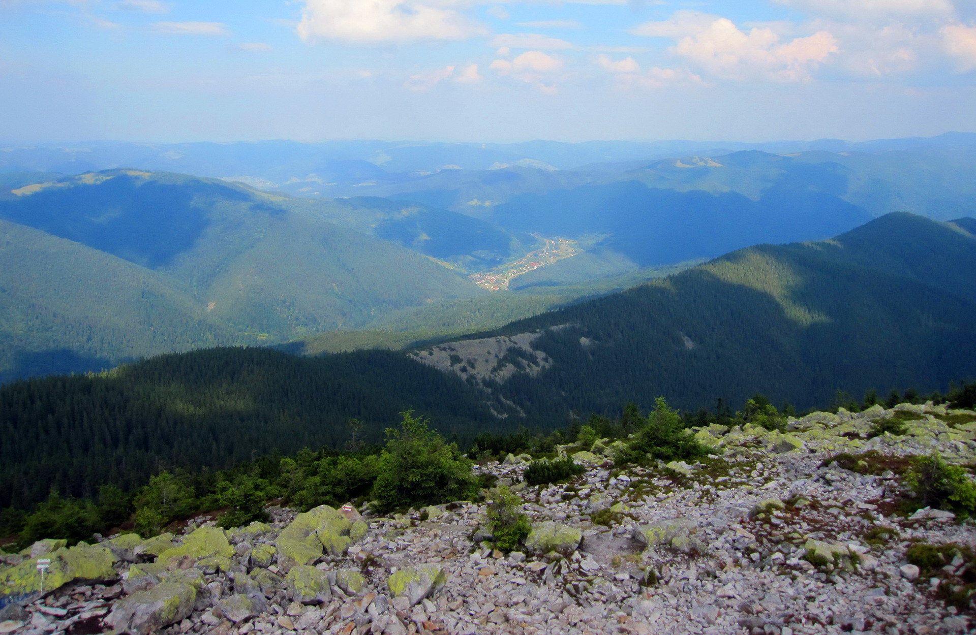 Красиві пейзажі із гори Хом'як