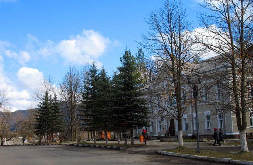 Карпати, смт Верховина
