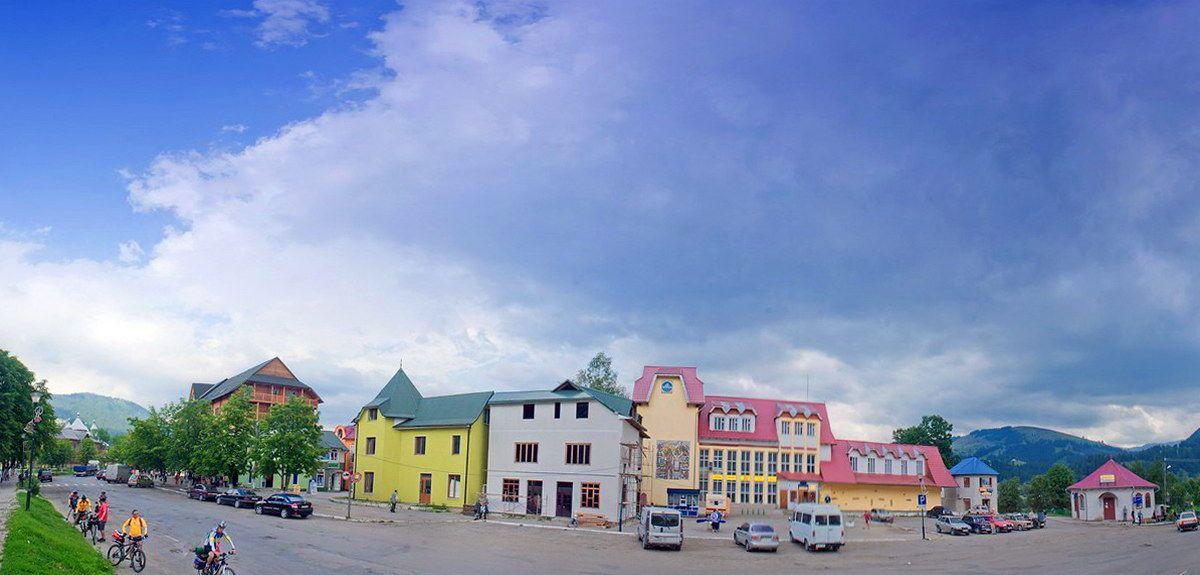 Верховина, районный центр Прикарпатья