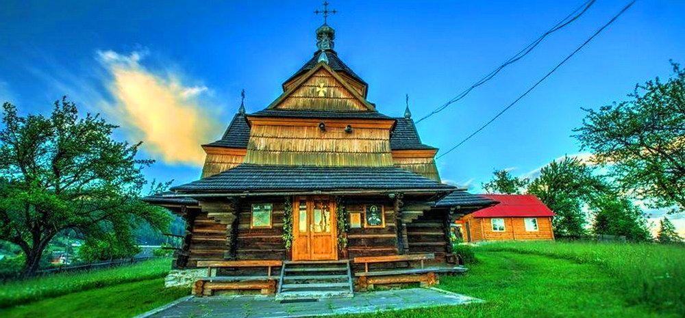 смт Ворохта, церква Різдва Богородиці