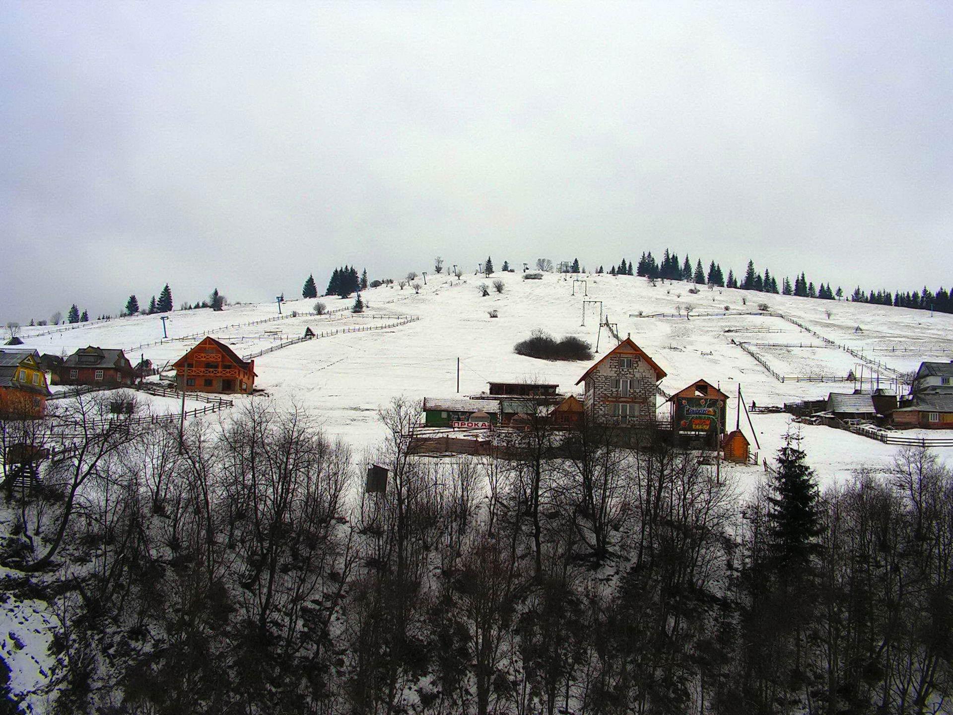 Карпати, курортне село Яблуниця